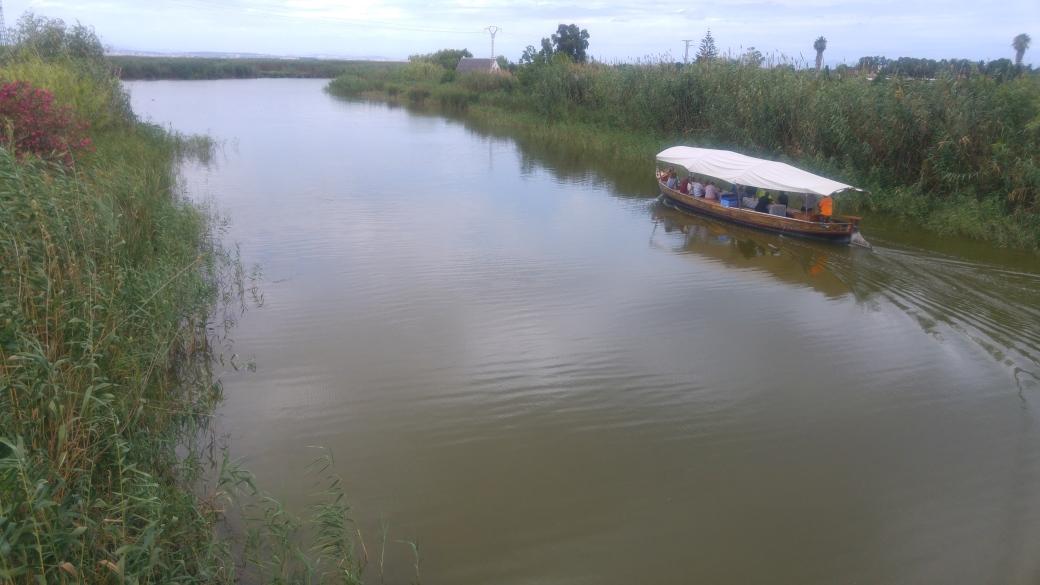 Foto 2 barça de paseo.jpg